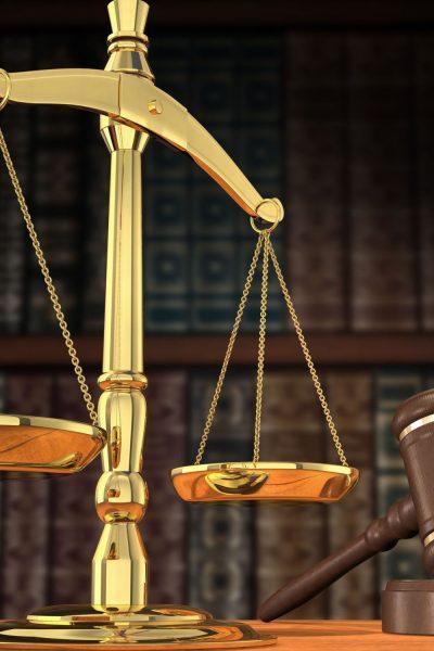 offentlige-myndigheder-kan-fortsat-i-vid-udstrkning-foretage-tvangsindgreb-i-private-hjem-og-virksomheder-80scalesofjustice